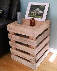 Recycled Pallet DIY recycled wooden pallet tables ideas - It is surely a wise idea in order to have the option of setting up the home furniture with the ideal conceptual use of the wood pallets. Pallet Furniture Designs, Wooden Pallet Projects, Wooden Pallet Furniture, Pallet Designs, Pallet Crafts, Diy Pallet Furniture, Wooden Pallets, Pallet Ideas, Wooden Diy