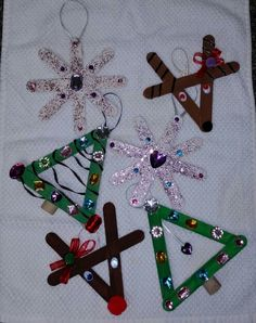 Popcicle stick Christmas crafts for kids. Christmas tree. Reindeer. Snowflake.