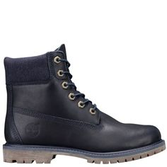 Classic Timberland® boots aren't just for the guys. Always in style, these waterproof boots are crafted especially for women.