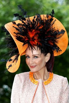 The biggest fashion statement at the 2018 Royal Ascot is definitely the hats. Ahead, check out the very best hats at the royal event, including Meghan Markle's, Princess Beatrice's, and more. Fancy Hats, Cool Hats, Big Hats, Royal Ascot Hats, Holiday Hats, Types Of Hats, Crazy Hats, Fascinator Hats, Fascinators
