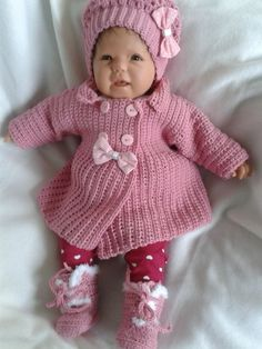 Best 12 Toddler girls warm winter hoodie coat with small bear ears on the hood and bow on the back. Baby Girl Sweaters, Knitted Baby Clothes, Knit Baby Booties, Crochet Cardigan Pattern, Crochet Bebe, Baby Girl Crochet, Baby Girl Patterns, Baby Knitting Patterns, Baby Set