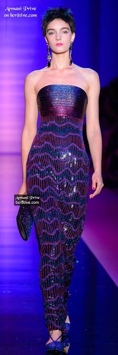 This Giorgio Armani collection is electrifying. Creative fringe and metallic beading in a palette of cool hues, hot pink and sensual black. Metal Fashion, Love Fashion, Fashion Show, Giorgio Armani, Beautiful Gowns, Beautiful Outfits, Couture Fashion, Runway Fashion, Estilo Fashion