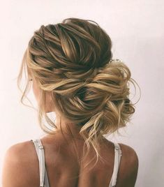 Beautiful Bridal Updos Hairstyle Inspiration - Oksana Sergeeva 51 Beautiful Bridal Updos Wedding Hairstyles For A Romantic Bride. Textured updo, updo wedding hairstyles,updo hairstyles,messy updos #weddi #Curly #Simple #Videos #Cute #Ponytail #DIY #ForSchool #Easy Down Hairstyles, Updos Hairstyle, Messy Wedding Hairstyles, Upstyle Wedding Hair, Wedding Hair Blonde, Boho Wedding Hair Updo, Chignon Updo, Loose Wedding Hair, Bridesmaid Hairstyles