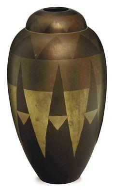 French art deco Dinanderie vase, c. Art Nouveau, Vintage Pottery, Pottery Art, Bauhaus, Art And Craft, Pop Art, Art Deco Glass, Art Deco Furniture, Art Deco Era