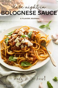 Bolognese sauce in an hour! This sauce is packed with flavor, and is so easy to make.  It's perfect for date night in OR any weeknight dinner.  Recipes makes four servings, so it's perfect for smaller households!  #bolognesesauce #dinnerideas #dinnerrecipes #pastarecipes #meatsauce #pastanight #pastafortwo #datenightfood #gourmetfood #fancyfood Best Dinner Recipes, Potluck Recipes, Pasta Recipes, Gourmet Recipes, Great Recipes, Healthy Recipes, Healthy Food, What Is Bolognese, Best Bolognese Sauce