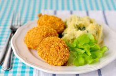 Gluten Free Baked Chicken with Corn Flakes:  http://glutenfreerecipebox.com/gluten-free-baked-chicken-with-corn-flakes/ #glutenfree #glutenfreerecipes