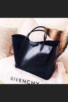 Bag - Givenchy
