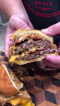 Follow along with my guys! The sweet and savory of this burger is life changing! I hope ya'll enjoy! Bagel Bar, Butter Burgers, Blackstone Griddle, Beef Burgers, Wrap Sandwiches, Burger Recipes, Life Changing, Soul Food, Smoking
