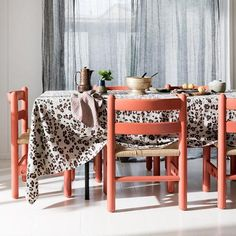 Society of Wanderers Tablecloth - Leopard