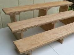 Craft booth wooden table top display - easy to build Soap Display, Table Top Display, Display Shelves, Shelving, Display Stands, Craft Booth Displays, Display Ideas, Booth Ideas, Craft Fair Displays