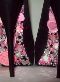 Hello Kitty Pumps - PINK-2,  Shoes, Hello Kitty Spikes Pink Glitter, Chic