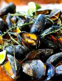 cedar-planked-mussels