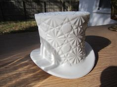 Check out this Great Vintage Fenton Glass Daisy and Button Pattern White Milk by coppat341, $10.00  I have lots more Vintage Collectibles at :  Etsy.com/shop/coppat341  Please Repinit and ReTweet