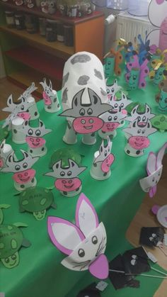 cow bulletin board idea  |   Crafts and Worksheets for Preschool,Toddler and Kindergarten