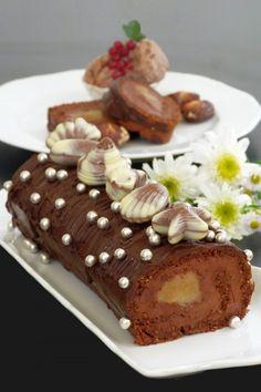 Csokoládés-marcipános tekercs