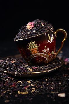 #Czarna #herbata z płatkami #róży wprowadzi Was w prawdziwie orientalny klimat. Sprawdź na http://www.big-active.pl/essence-earl-grey-z-platkami-rozy