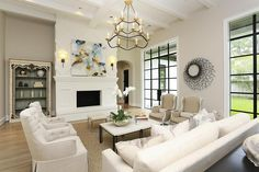 Love this family room decor! #familyroom