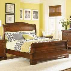 Legacy Classic Evolution Sleigh Bed Set, Size: King - LGC663-10