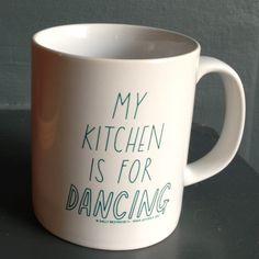 Kitchen dancing mug