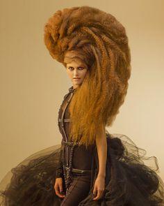 Avant Garde hair by Konstantinos Lefas. High Fashion Hair, Wacky Hair, Avant Garde Hair, Extreme Hair, Shooting Photo, Hair Shows, Wild Hair, Hair Affair, Creative Hairstyles