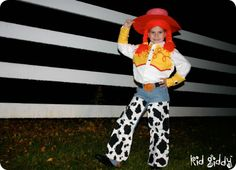 Jessie the Cowgirl - Costume Tutorial! #costume #halloween #tutorial #diy #craft #kidgiddy
