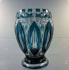 Val St Lambert Vase 'Brighton' en cristal doublé bleu-pétrole - Catalogue 1938.