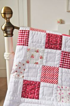 Simple hand quilting designs patchwork 37 Ideas for 2019 Colchas Quilting, Quilting Projects, Sewing Projects, Quilting Ideas, Sewing Crafts, Hand Quilting Designs, Fabric Crafts, Diy Quilt, Easy Quilts