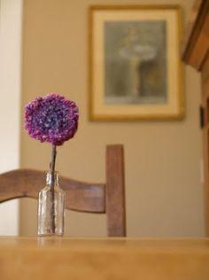 Finger knitting for children-- make a flower