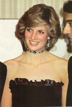 Princess Diana, wearing a black ruffled top dress, Kate copied this dress 2 years ago - so wish she would be more original. Diana of course looked better. Royal Princess, Princess Of Wales, Brave Princess, Princess Diana Fashion, Princess Diana Family, Diane, Lady Diana Spencer, British Royals, Beauty