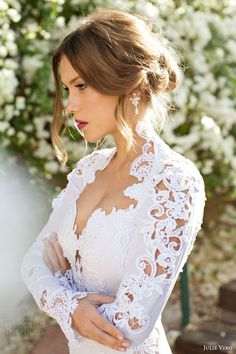 47 Charming Long Sleeved Wedding Gowns