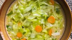Tastee Recipe This Wonder Soup Will Make You Fit Your Favorite Clothes Again! Soup Recipes, Diet Recipes, Healthy Recipes, Tastee Recipe, Fat Burning Soup, Cabbage Soup Diet, Fast Weight Loss Diet, Lose Weight, Island Food