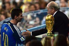 Lionel Messi élu meilleur joueur du Mondial 2014 - lesoir.be