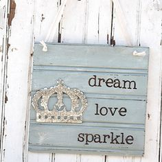 Dream Love Sparkle Sign  #gifts25andunder #gifts25andunderbedandbath #gifts25andunderjewelry #gifts25andunderunique #lavenderfields