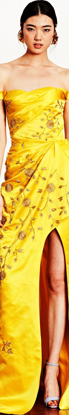 Yellow Fashion, Floral Fashion, Dennis Basso, Fashion Show, Fashion Outfits, Mellow Yellow, Bright Yellow, Shades Of Yellow, Beautiful Gowns