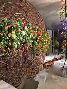 I love Gregor Lersch's floral art. He really has a talent for recreating nature as art.