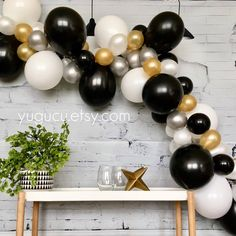 Description Black, Gold, Silver and White palette Balloon Garland! Isnt this gorgeous! With this garland … Black And Gold Party Decorations, Black Gold Party, Black And Gold Centerpieces, Diy Centerpieces, Graduation Decorations, Birthday Decorations, Graduation Balloons, Prom Balloons, Graduation Parties