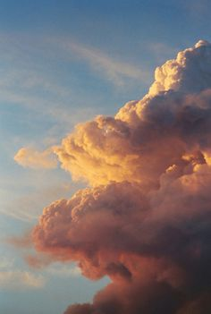 feel free - tuesday - Fire Clouds by Russ Allison Loar Aesthetic Backgrounds, Aesthetic Iphone Wallpaper, Aesthetic Wallpapers, Pretty Sky, Beautiful Sky, Beautiful Pictures, Cloud Wallpaper, Sky Aesthetic, Aesthetic Drawing