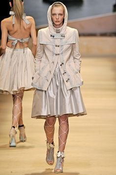 Alexis Mabille - Spring/Summer 2011 Ready-To-Wear - PFW (Vogue.co.uk)