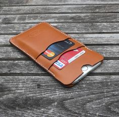 GARNY - №24 - iPHONE 6 LEATHER CASE - WHISKEY COLOR    Hand cut and hand stitched sleeve.  - 2 front pockets for credit cards, drivers license or