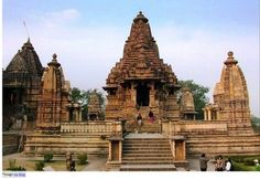 Khajuraho | Smart Way to Plan Your Tour: Although its deity is Lord Vishnu, it is called Lakshamana temple which is known to have most of the erotic sculptures in the cluster. Explicit Couples' sculptures can be seen all along the walls of the temple. There is lot to talk about Lakshamana temple and its erotic sculptures, but this is just one side of presentation. The beauty and architecture in ambience of history should be the main reason to visit Khajuraho.