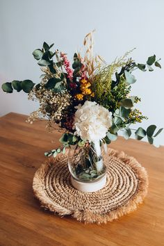 Happy Flowers, Flowers Nature, Dried Flowers, Beautiful Flowers, Flower Decorations, Table Decorations, Dried Flower Arrangements, Flower Bomb, Floral Photography