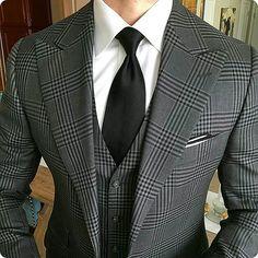 men suits casual -- Click Visit link for more details Sharp Dressed Man, Well Dressed Men, Mens Fashion Suits, Mens Suits, Grey Suits, Look Fashion, Fashion Outfits, Male Fashion, Fashion Ideas
