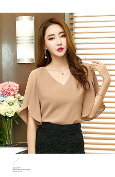 Elegant Office Lady Butterfly Sleeve Split Trim V-Neck Solid Blouse Lady Women Tops And Blouses Chiffon Shirt, Chiffon Tops, Chic Outfits, Fashion Outfits, Womens Fashion, Indian Blouse Designs, Sleeves Designs For Dresses, Blouse Styles, Skirt Fashion