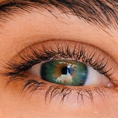 Forgive & Forget Beautiful Eyes Color, Pretty Eyes, Cool Eyes, Photo Oeil, Eye Close Up, Smiling Eyes, Eye Pictures, Aesthetic Eyes, Photos Of Eyes