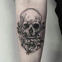Skull & Peony tattoo by @thomasbatestattoo in London, U.K.