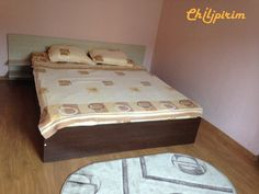 Proprietar inchiriez ap. 2 cam. Tomis Nord Ciresica Campus | Constanta | Chilipirim.ro Furniture, Home Decor, Homemade Home Decor, Home Furnishings, Interior Design, Home Interiors, Decoration Home, Home Decoration, Tropical Furniture