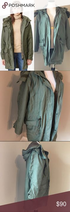 Parka Jacket Cinch waist, detachable hood, fishtail back detail, removable jacket interior. Worn a handful of times and still in great shape. Hunter green. Size M, but definitely big enough for a L as well. GAP Jackets & Coats Utility Jackets