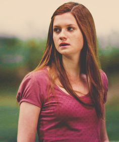 ass Ginny Weasley from the Harry Potter series Art Harry Potter, Harry James Potter, Harry Potter Fandom, Harry Potter Movies, Bonnie Wright, Bonnie Francesca Wright, Harry And Ginny, Hermione Granger, At Least