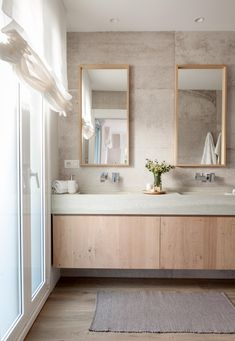Ich teile eines im Badezimmer mit einem unserer neuesten Projekte… - Bilbao, 1960s Home Decor, Bathroom Furniture Design, Art Deco Decor, Dream Decor, Double Vanity, Backsplash, Indiana, Bathtub
