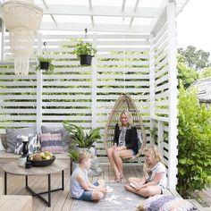 Een droomtuin! ☀️❤️ Bekijk meer foto's via link in bio. #tuin #tuininspiratie #garden #gardeninspiration #outdoor #outdoors #outdoorliving
